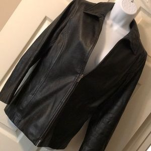 Vintage Gap black leather jacket.